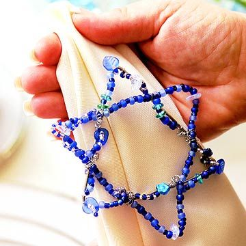Having guests over for Hanukkah? Make these colorful napkin rings for the occasion.