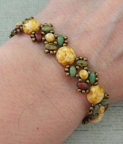 Linda's Crafty Inspirations: A New Look for Lucy - link to org. free pattern at end ~ Seed Bead Tutorials