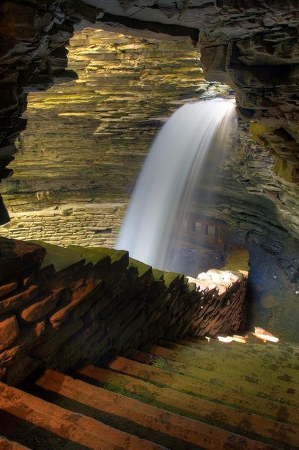I grew up close to Watkins Glen. Beautiful. Cavern Cascade pathway in Watkins Glen State Park, New York State, USA - The park includes a campground, a large picnic area, swimming pool, etc. but the main attraction are the trails through the Glen, particularly the gorge trail.