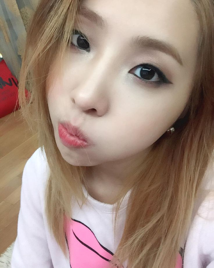 #thankyouminzy you helped me and others around the world thank you FIGHTING. Queens FOUREVER!!!