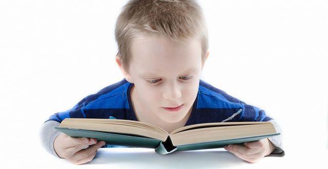Was ich mir von Grundschulen wünsche? Nicht das! → In einem Gespräch mit einer Mutter, dessen Kind in die Grundschule geht (2. Klasse), äußerte sie sich besorgt. Jeden Tag bereitet sie das Frühstück für ihren Sohn vor, geht mit ihm zur Bushaltestelle, setzt ihn in den Schulbus und verabschiedet sich. Jeden Schultag wünscht sie sich, das ihr Kind ... https://www.socialmedialernen.com/nachrichten/was-ich-mir-von-grundschulen-wuensche-nicht-das/