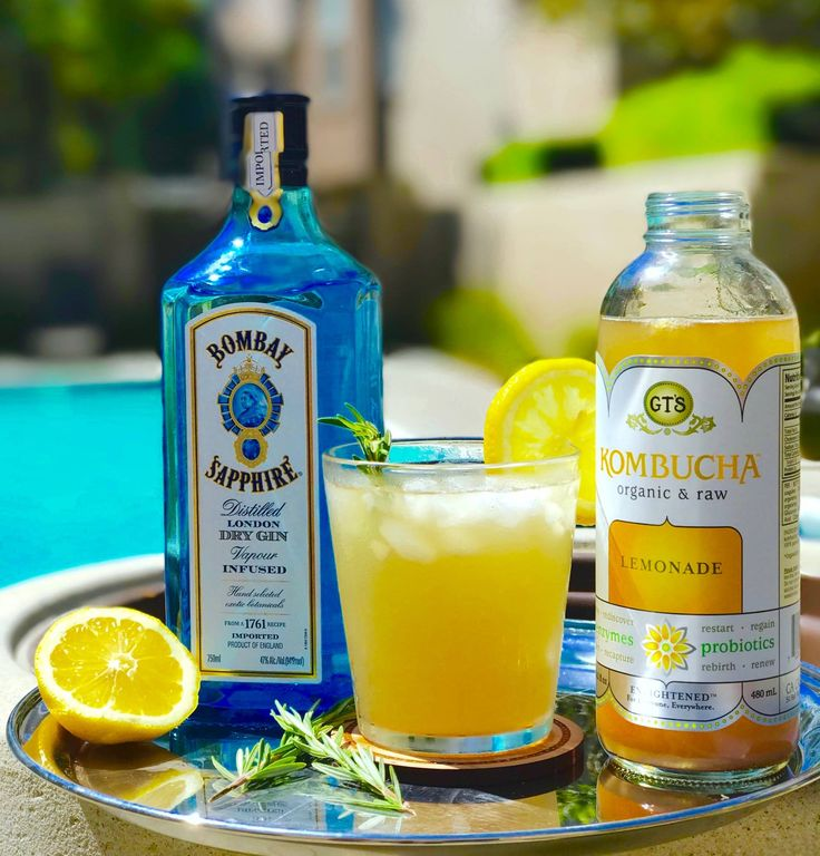 #ThirstyThursday calls for sippin' on gin and booch. #GTsKombuchaKocktails  Lemonade Summer Squeeze   INGREDIENTS: 1.5oz Gin (we like Bombay Sapphire!) 3oz GT's Enlightened Lemonade Kombucha  1 tsp Agave 1 Lemon Wheel Slice Sprig of Rosemary  INSTRUCTIONS: Pour gin, agave, and GT's Enlightened Lemonade Kombucha into glass over fresh ice cubes. Stir. Garnish with a lemon wheel and fresh rosemary sprig. Enjoy ☺