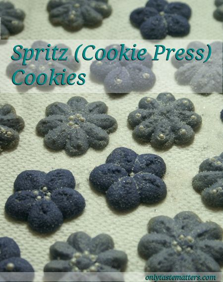 Yummy Spritz #Cookies! For the full #recipe, visit OnlyTasteMatters.com. #dessert
