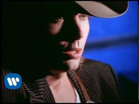 ▶ Dwight Yoakam - The Heart That You Own - YouTube
