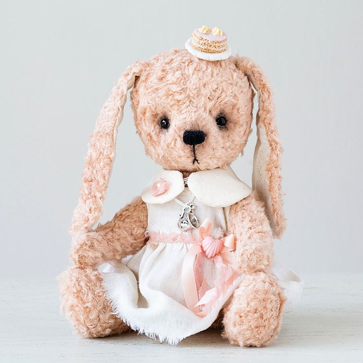 """#rabbit by Marina Dorogush, collection """"Dolce vita"""" #art#artist#ooak#vintage #vintagestyle #teddy #bunny #bear#teddybear # artteddybears #marinadorogush # Dolcevita #collection"""
