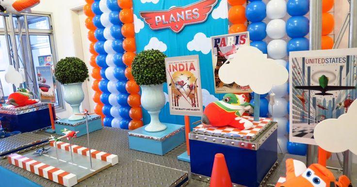 Los aviones y los carros son uno de los temas favoritos para los niños, es por esto que estas fiestas están de moda, te dejamos algunas im...