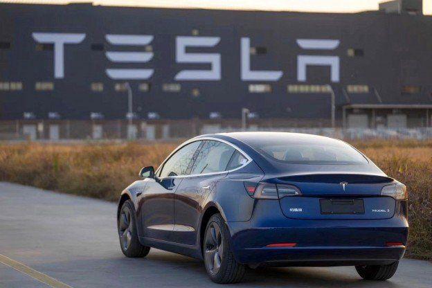 Tesla Autopilot 2020 All You Have Dreamt About Autonomous Driving In 2020 With Images Tesla Tesla Model Tesla S