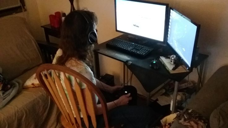 Help I let my mom play forza 4 hours ago....