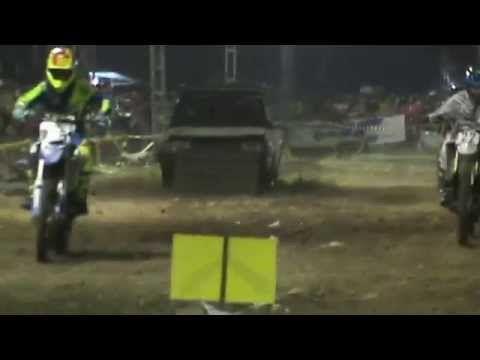 Video Balap Motor Trail