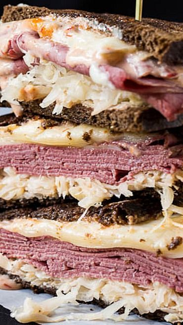 The sauce for these Reubens are SSSOOO good!  Hubby wanted me to make extra of the sauce so that he can put it on sandwiches.