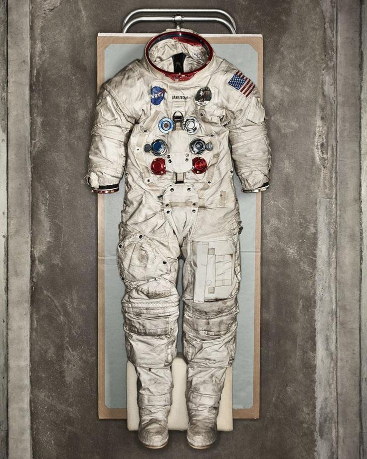 Neil Armstrong, spacesuit