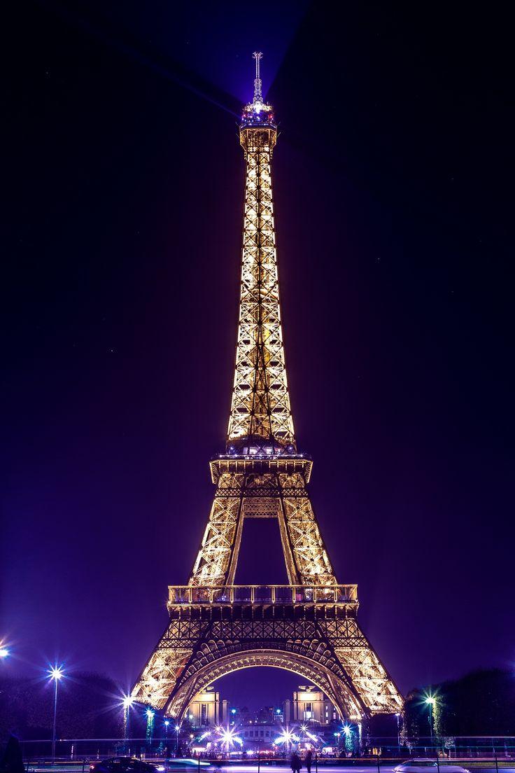 Paris twinkling lights