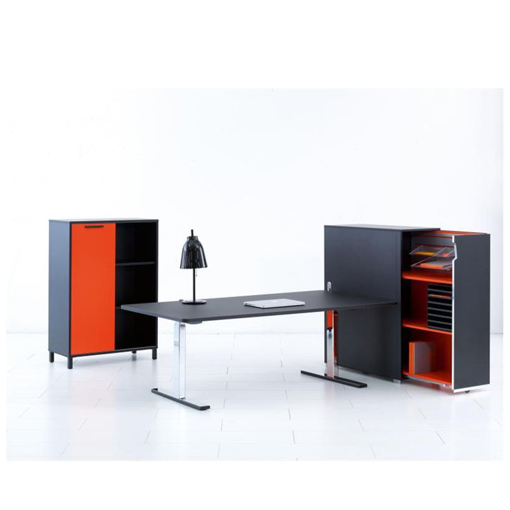 Q20 Desk | Holmris | SUITE NY