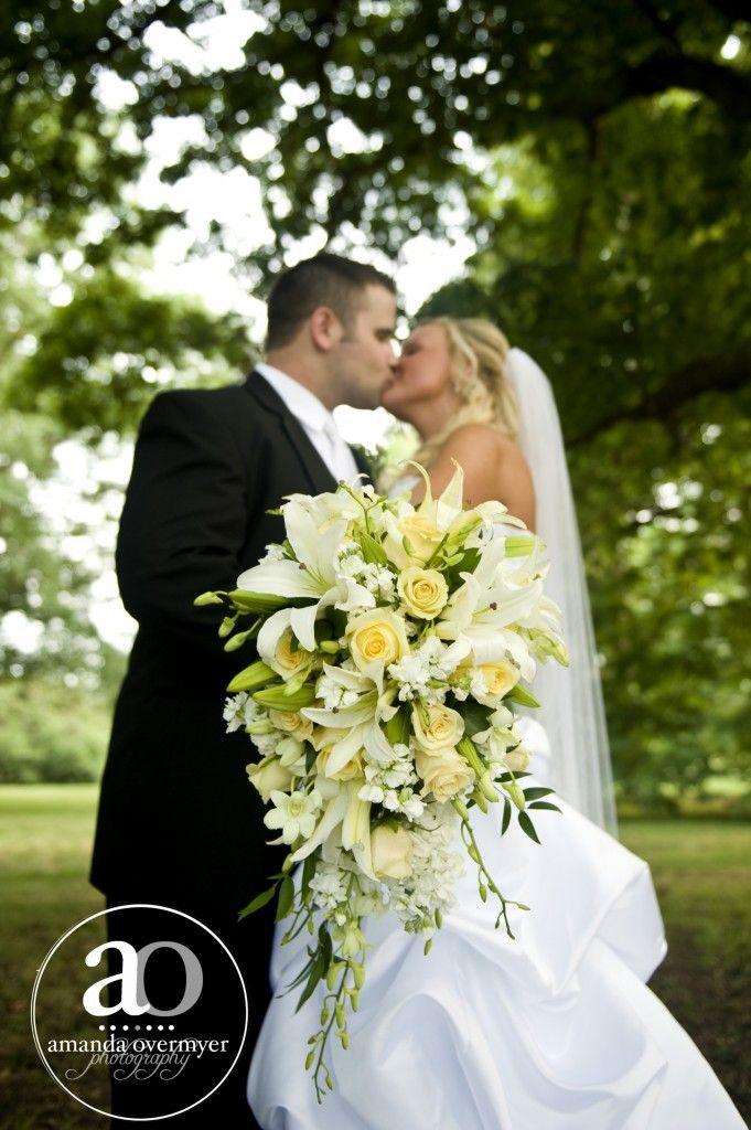 97 best teardrop bouquets images by Janet Callan on Pinterest ...