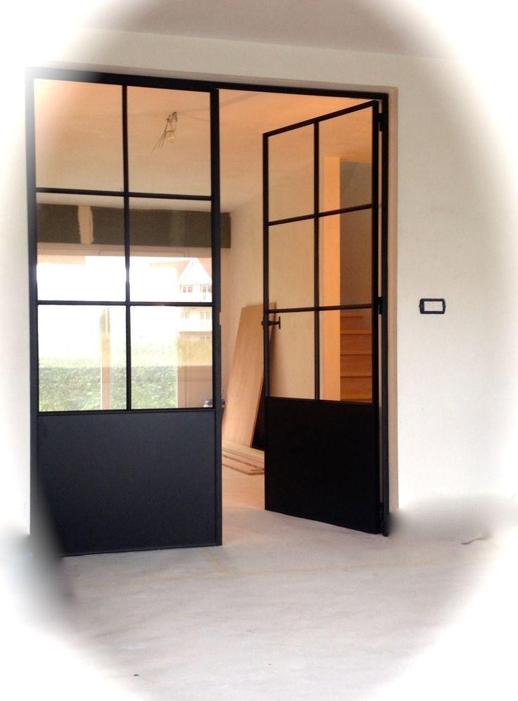 Gietijzeren deur voor de woonkamer
