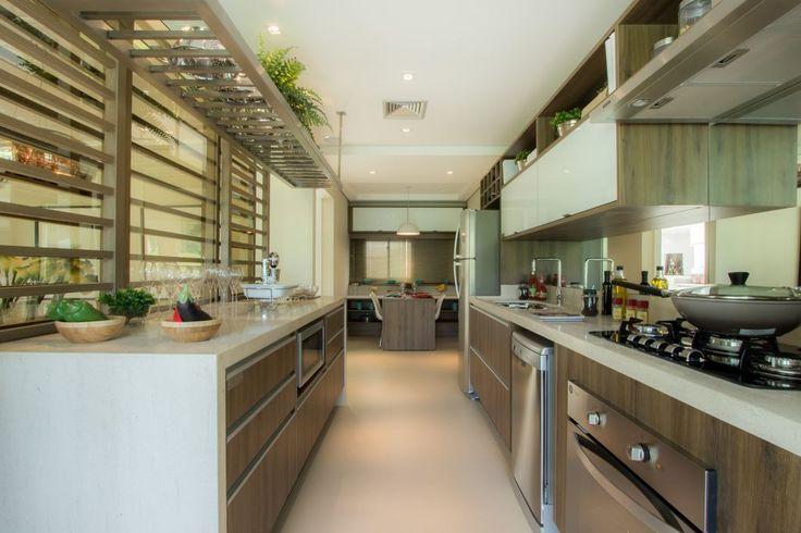 Cozinha moderna - Apartamento Decorado 160m² - Cyrela #quitetefaria