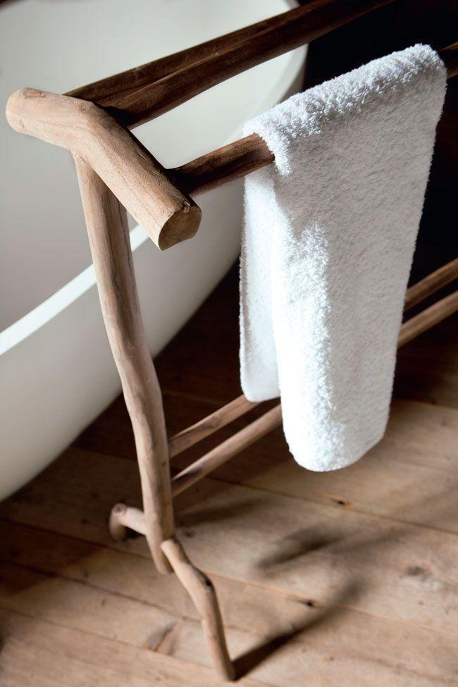 17 meilleures id es propos de porte serviettes en forme d 39 chelle sur pinterest d coration - Meuble pour se maquiller ...