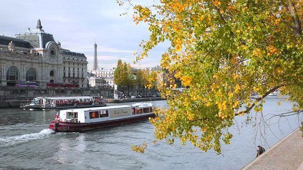 Trải nghiệm mùa thu khó quên – Thu Châu Âu   Saigon Travel #Paris #France #beautifulplace #SaigonTravel #DuLich #whereveryoulike #justgo www.saigon-travel.com