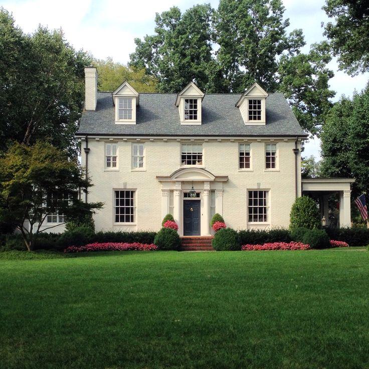 Smallhouse Exterior Ideas: Classic Nashville House Captured By @lmpdesign