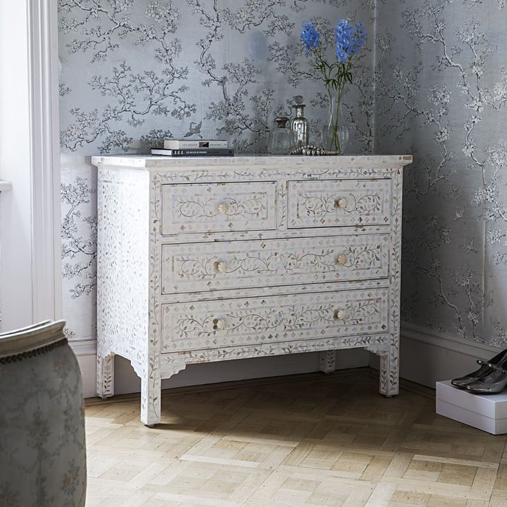 Classic Mother of Pearl Chest of Drawers