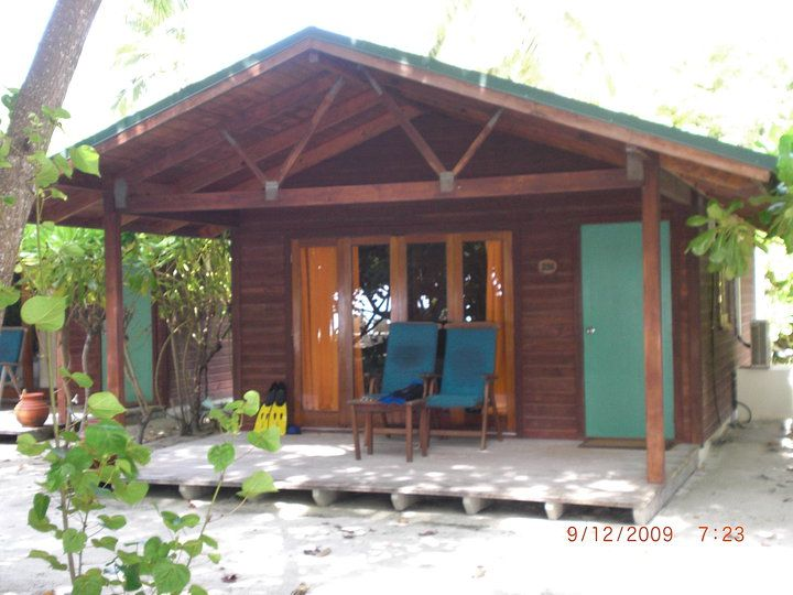 Bungalow Meeru Island Resort