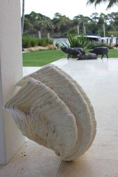 Modern touch in Juno Beach - modern - landscape - miami - Studio Sprout