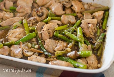 Chicken, Asparagus and Mushroom Bake | Slimming Eats - Slimming World Recipes