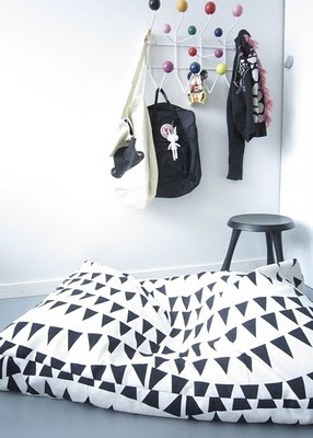 Children's room - Large floor cushion - Time of the Aquarius