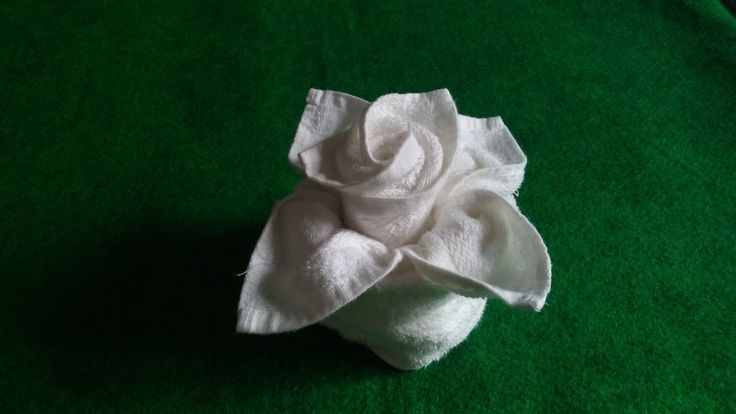 FLOWER IN VASE - TOWEL DESIGN - YouTube