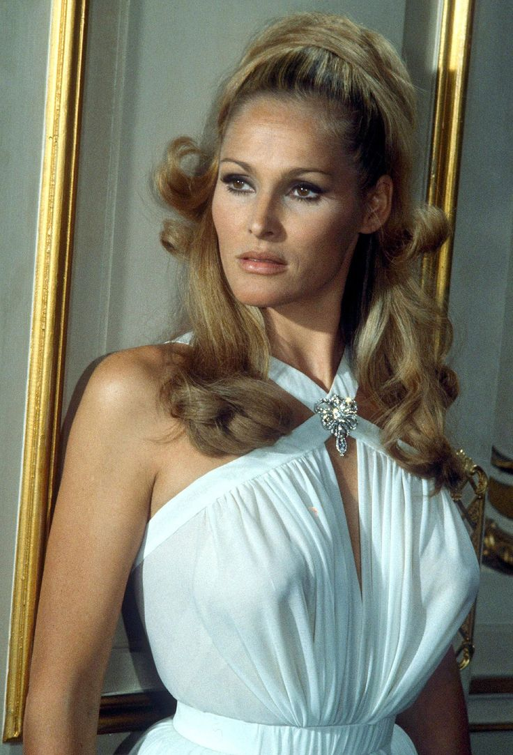 Glad stopped nude photos of ursula andress