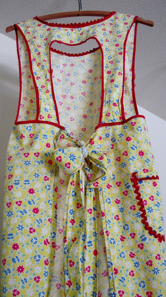 Vintage 1940's Farmhouse Apron Flour Sack by BelindasStyleShop, $28.00