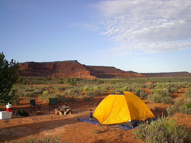"""Pitch a tent + Watch the rocks change colour = perfect camping. Everyone say """"Aaaaaaah"""""""