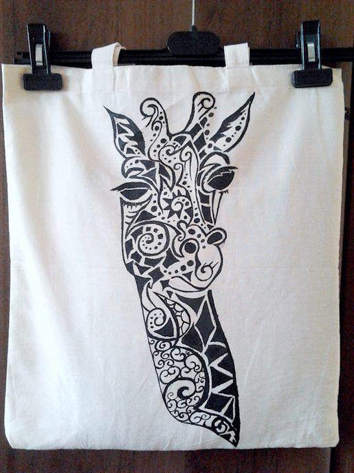 Ręcznie malowana żyrafa. Kliknij aby zobaczyć więcej!