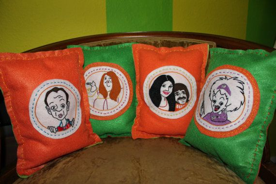 Scooby Doo Special Guest Star Pillows on Etsy! So cool!