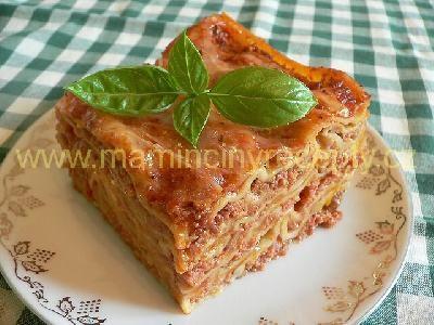 Lasagne s masem a smetanou