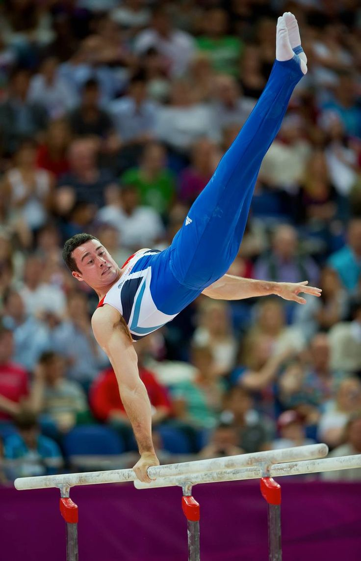 Great Britain's Kristian Thomas performed during his parallel bars routine during the men's gymnastics individual all (960×1490)