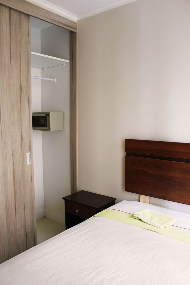 second dorm with a safe in the closet of the apartment we rent in Santiago de Chile. For more information visit www.internshipandtravel.cl or write us a mail to info@internshipandtravel.cl