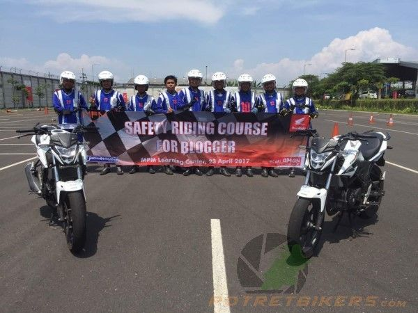 Safety Riding Course for Blogger JatimOtoBlog - 2017, at MPM - Sedati