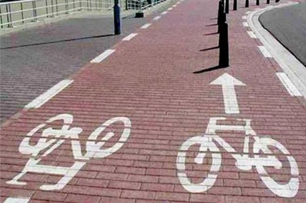 'The Straight Into Trouble' Cycle Lane | Are These The Worst Cycle Lanes Ever Built? Some Of These Are Ridiculous...