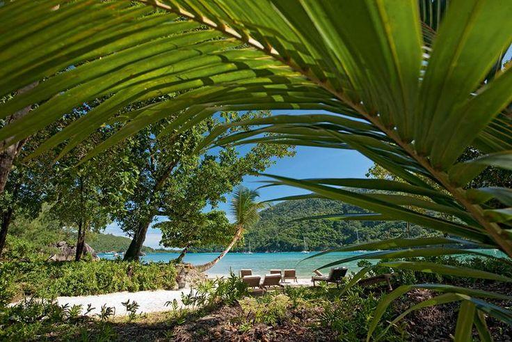 Seychellerne, Mahé: Constance Ephelia Resort ligger ud til den dejlige strand, og her er bare virkelig lækkert!
