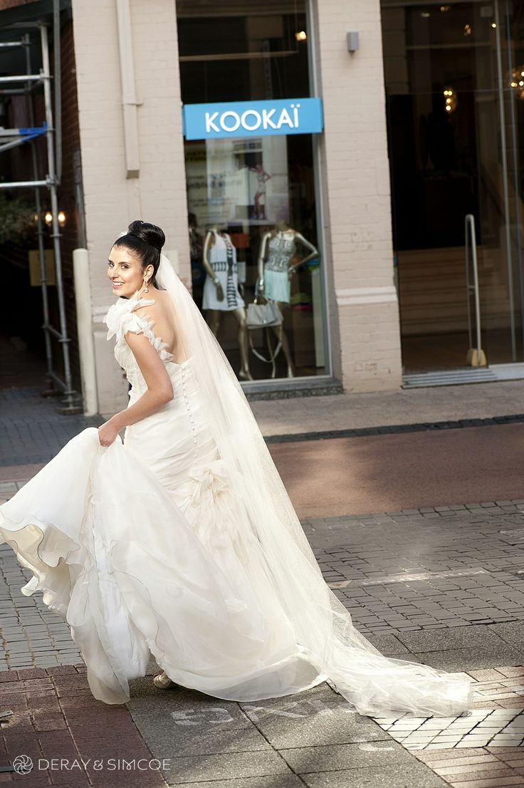 Candid bridal portrait Location ~ King Street, Perth  Photography by DeRay & Simcoe