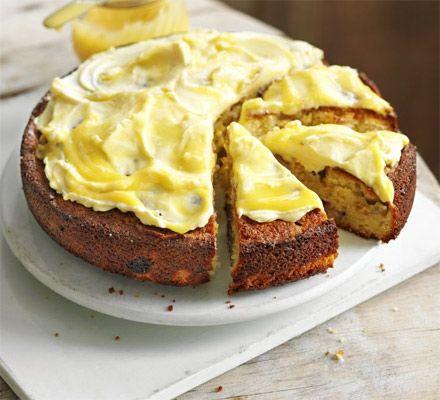 Rhubarb & lemon curd cake
