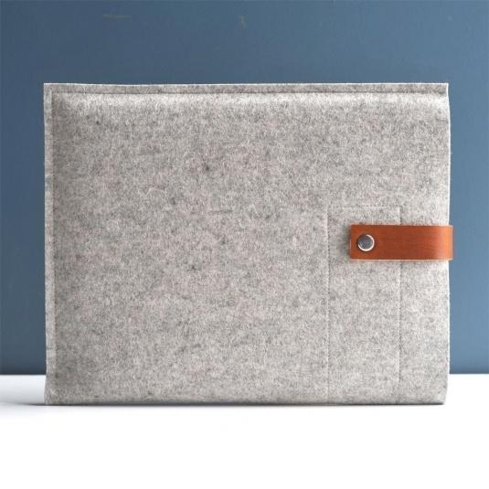 iPad Sleeve - Grey Wool Felt with Brown Leather | Cargoh