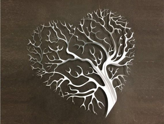 Paint heart tree in metallic gold on canvas.