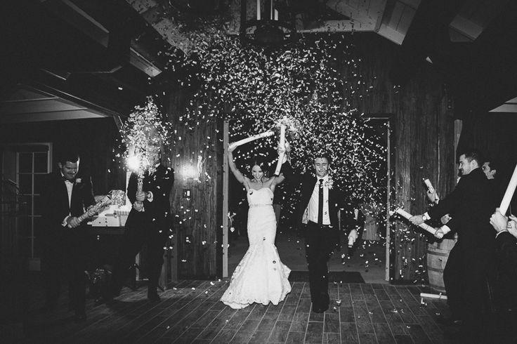 """La canción de entrada de los novios es con lo que se """"abrirá"""" la fiesta, por eso debes elegir una canción alegre, movida, que refleje su felicidad e incite a todos los invitados a pararse y a estar súper contentos toda la boda  http://www.pieceofcake-wb.com"""