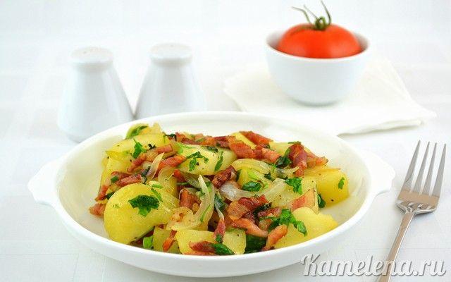 Картофель с беконом и луком — 10 шаг