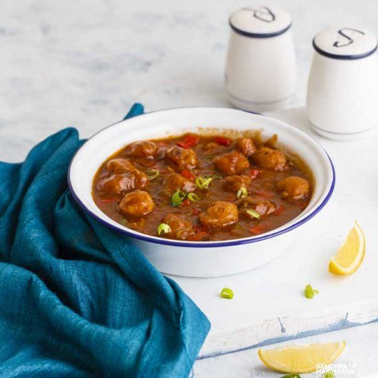 Soya Manchurian is an easy Indo-Chinese curry recipe