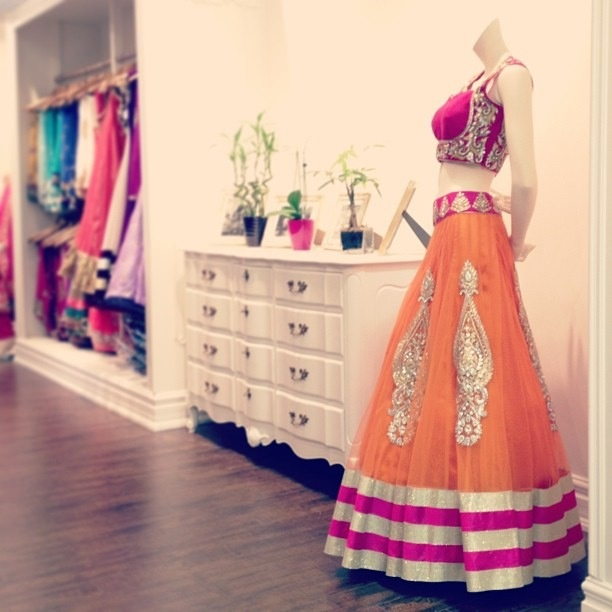 Love the pink and orange combination