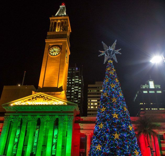Christmas Tree Lights Up Brisbane Cbd | Must do Brisbane RT @Linda J. Gilland  #property investor http://www.ljgrealestate.com.au MERRY CHRISTMAS EVERYONE!!!!!!