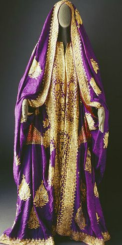gatsbygal: i was looking up historically accurate clothing as a bit of art inspiration and found the online museum of saudi arabian costume.  there's a bunch more gems just like these and they're all so beautiful and unique.  there's also great information about the clothing, too, such as how they were made, who wore them, what fabrics were used, what the different parts of the costumes were called, etc.  just a really fun and informative site and i thought i would share my find.